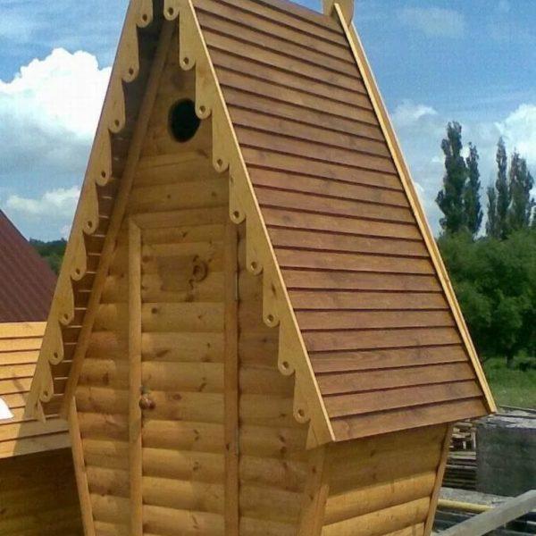 Туалет дачный деревянный Сказка К-14 №5 1.2х1.2х2.6  м