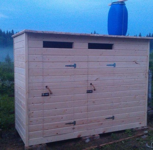 Туалет дачный деревянный с душом К-18 №1 3.0х1.0х2.2 м